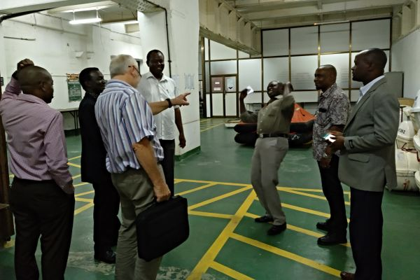 images/hpc/News/Tanzania_atDMIliferaft_workshop.jpg