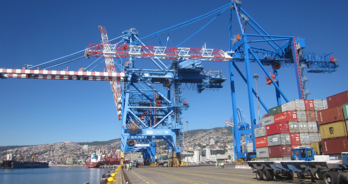 Crane Acceptance Tests in Chile